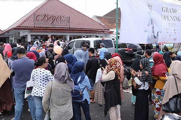 Grand Opening Raincake Bogor 8-9 April 2017