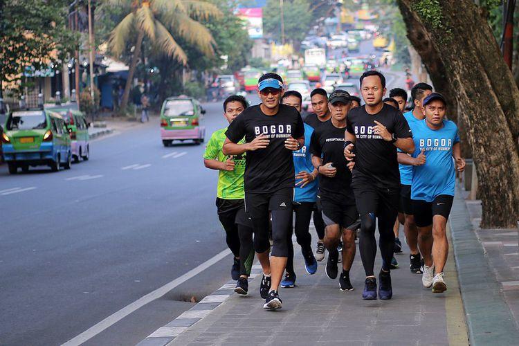 Serunya Jogging Di Kebun Raya Bogor